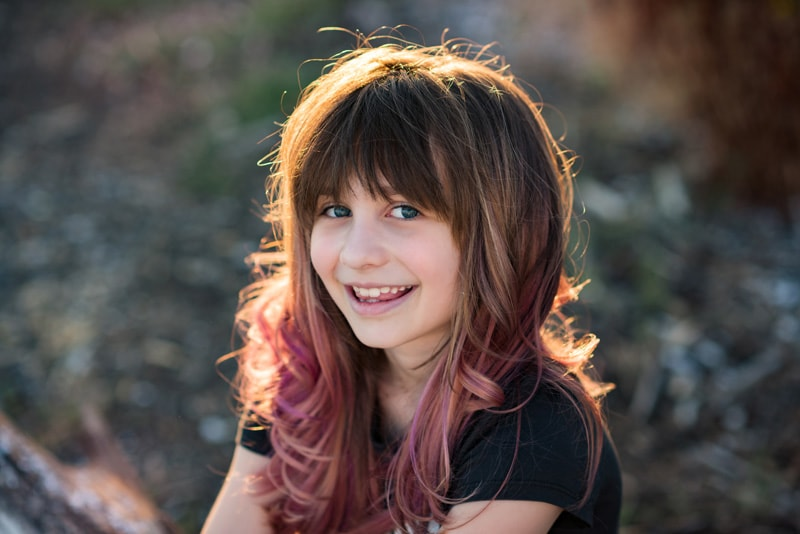Children Photography - Children Photographer - Girl with dyed hair