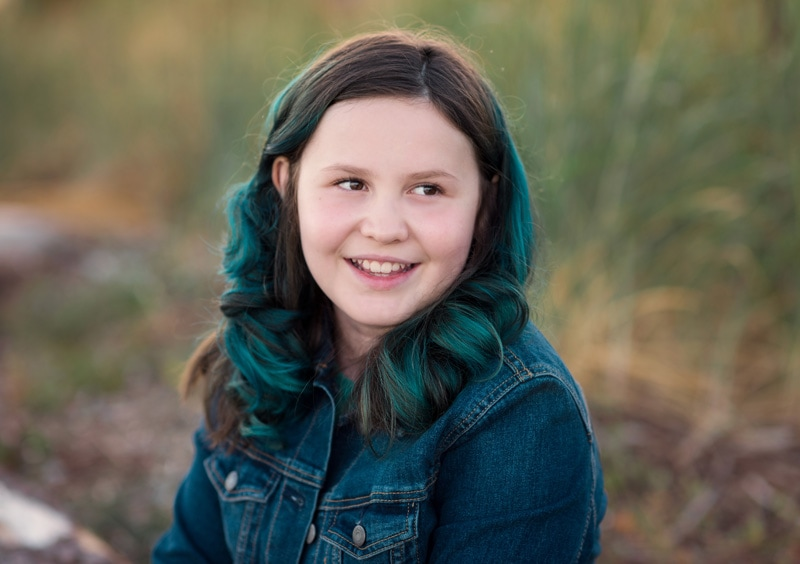 Children Photography - Children Photographer - Older girl with dyed hair
