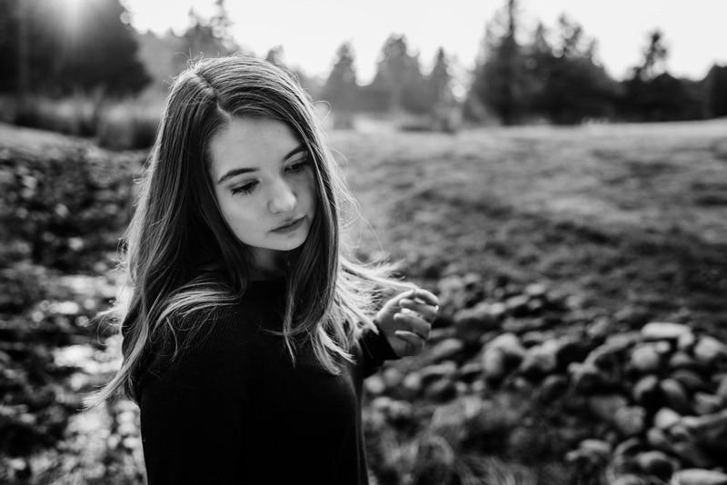 Children Photography - Children Photographer - Black and White image - Senior Girl Portrait
