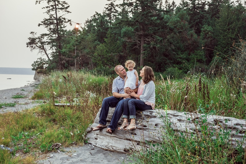 Family Photographer, Family Photography Memories, family sitting on a large fallen log
